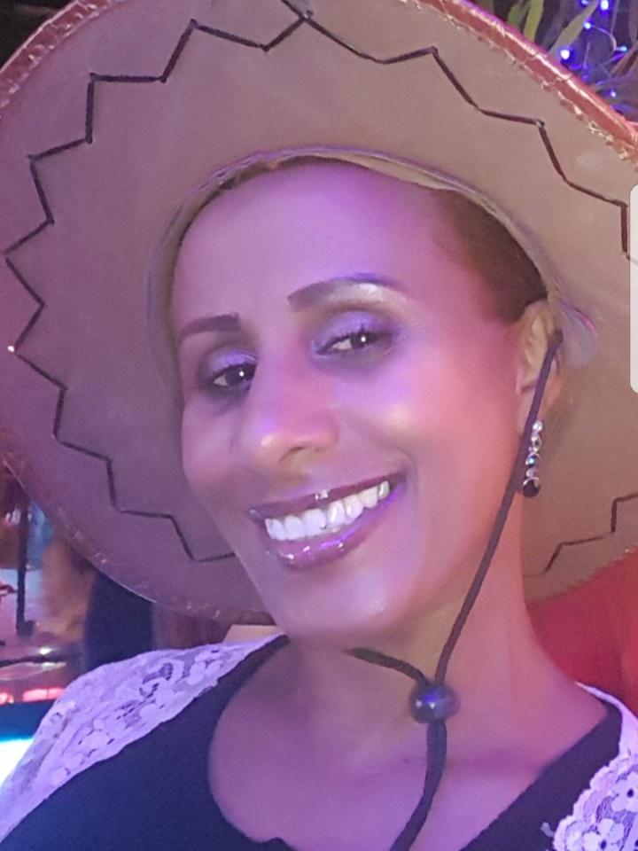 Bilder av Addis fra