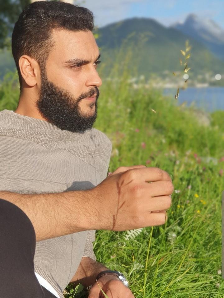 Bilder av Adnan93 fra