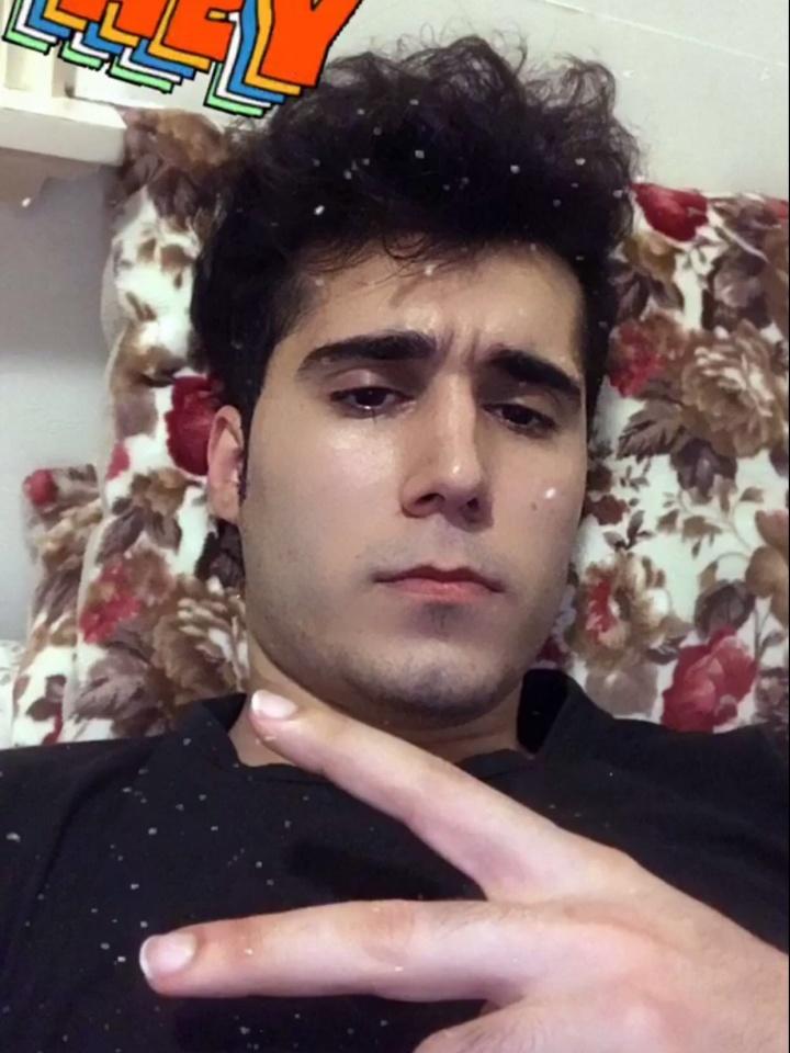 Bilder av Omid fra