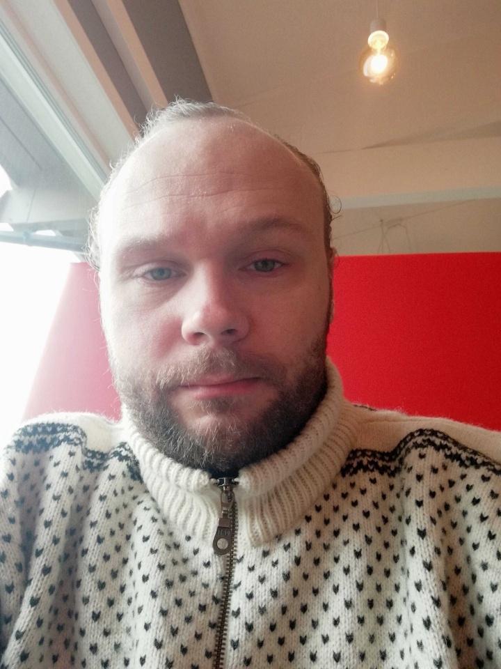 Bilder av titanfall fra Nordland
