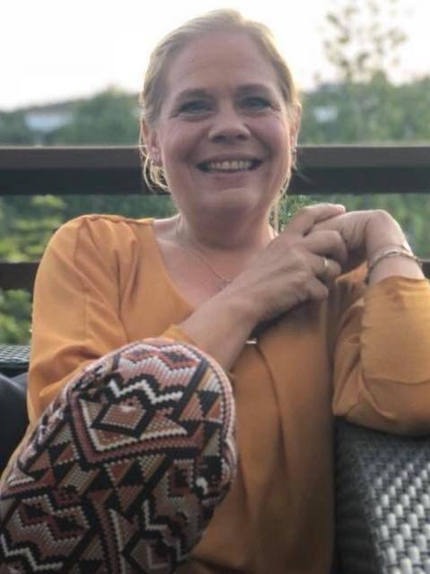 Date Susann76 fra Vest-Agder