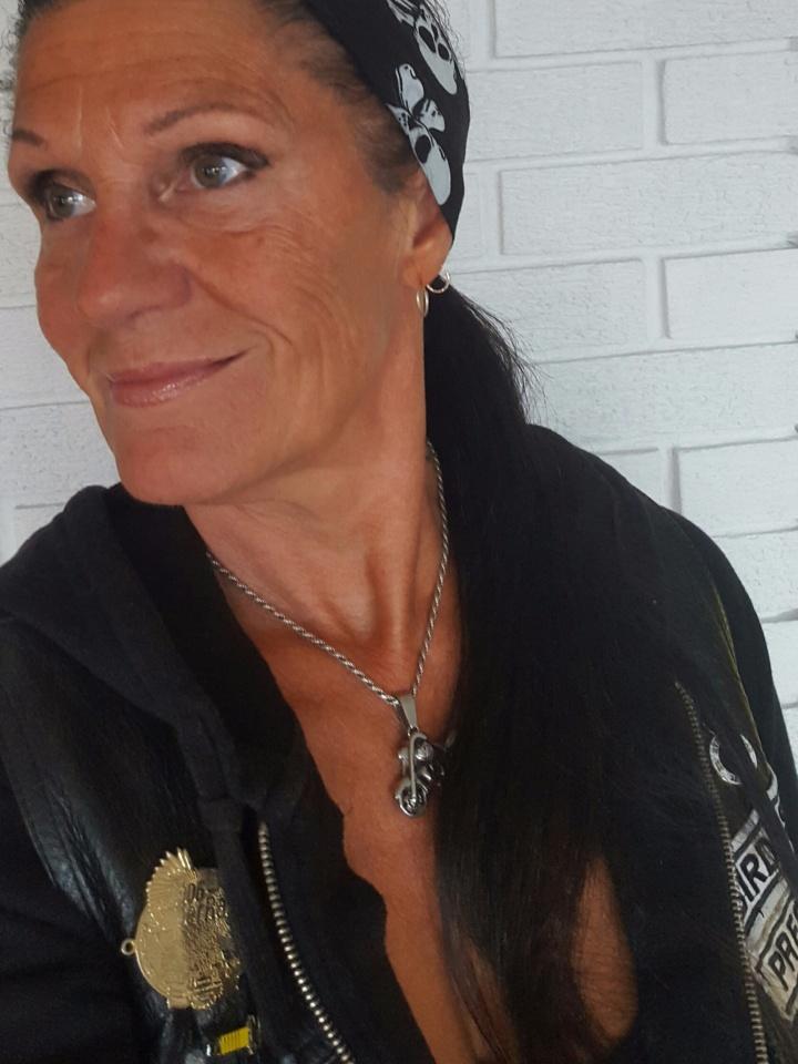 Bilder av Lizzett fra