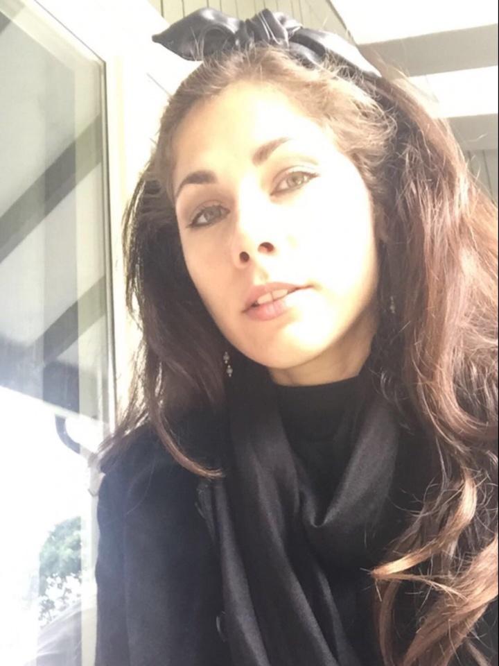 Bilder av Yamina fra