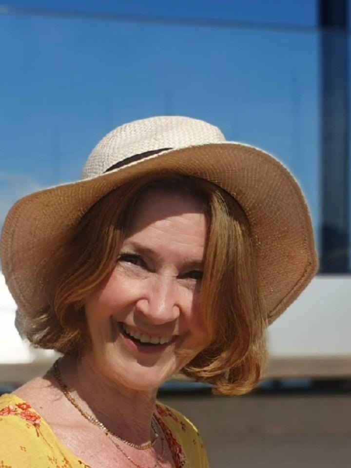 Bilder av Zally fra Akershus