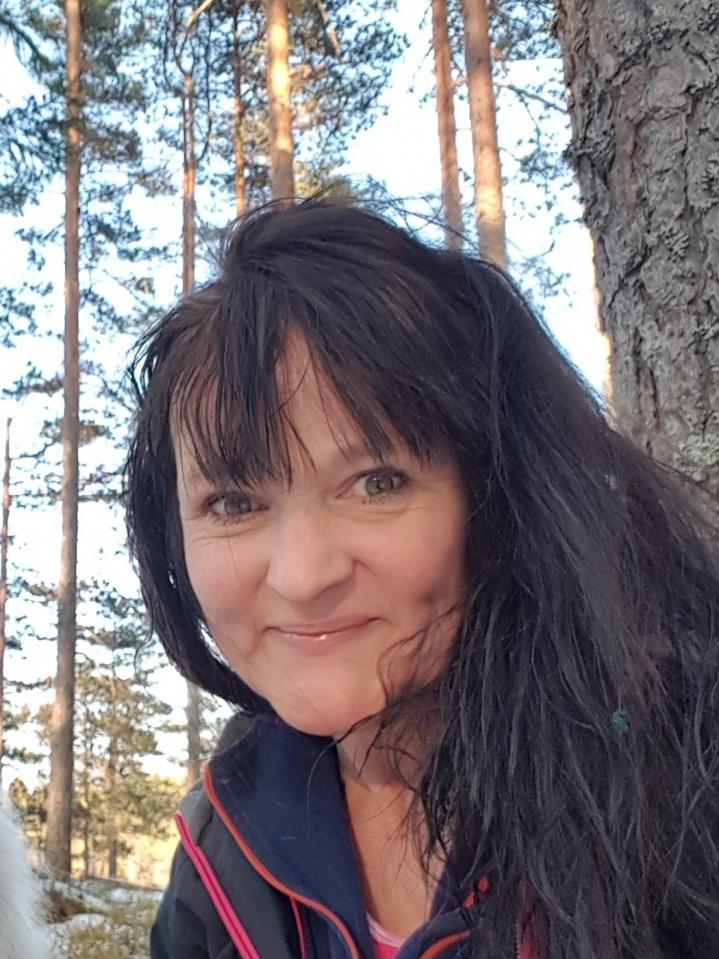 Bilder av Skogsalven fra
